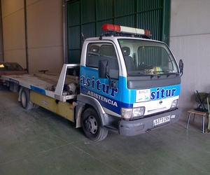 Servicio de grúa para coches y camiones