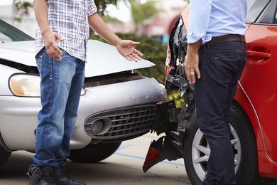 """Solo el 4% de los conductores sabe rellenar de """"forma correcta"""" el parte amistoso de accidentes"""
