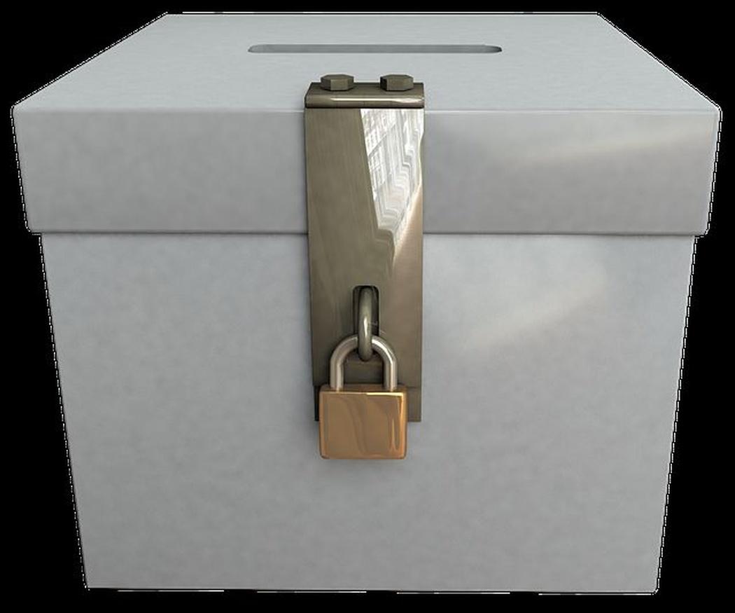 Tipos de cajas fuertes II: decorativas, de sobremesa y de suelo