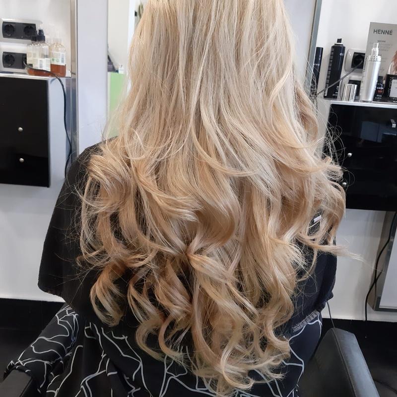 Decoloración del cabello en Santurtzi