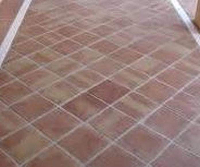 Tratamiento de suelo barro cocido