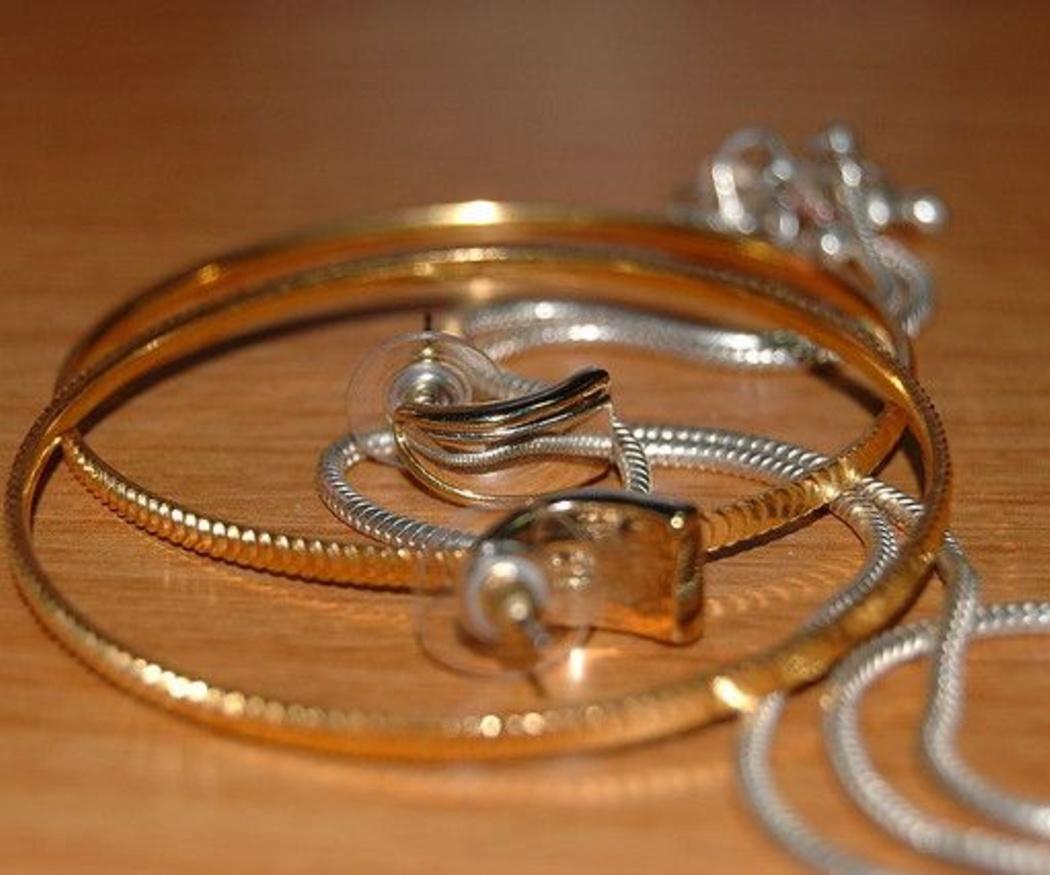 ¿Cuánto cuestan las joyas que tienes en casa?