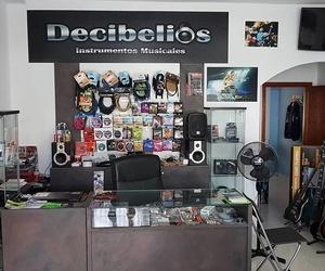 Interior de la tienda de instrumentos musicales en Lanzarote