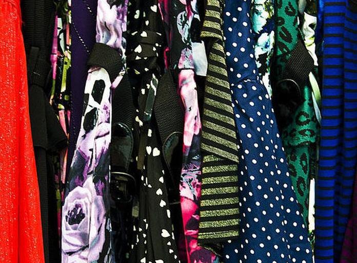 Arreglos en todo tipo de tejidos: Servicios de Sews - taller de costura, arreglos de ropa