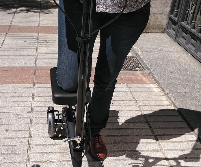 Alquiler Andador de rodilla: Alquiler de sillas de ruedas de Atemprana