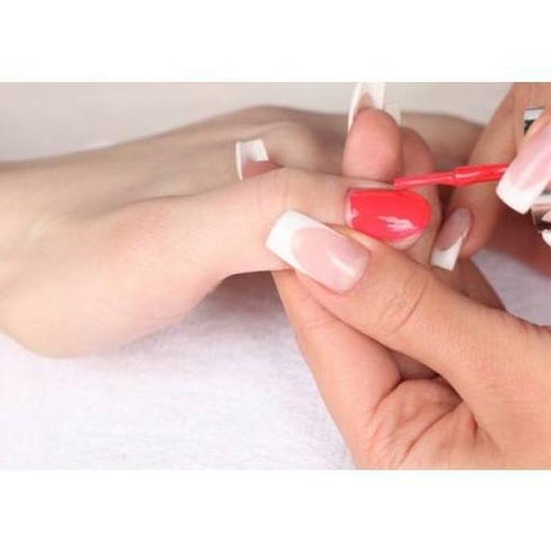 Manicura y pedicura: Servicios de Peluquería Mixelen