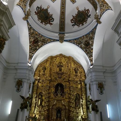 Iluminación de edificios religiosos
