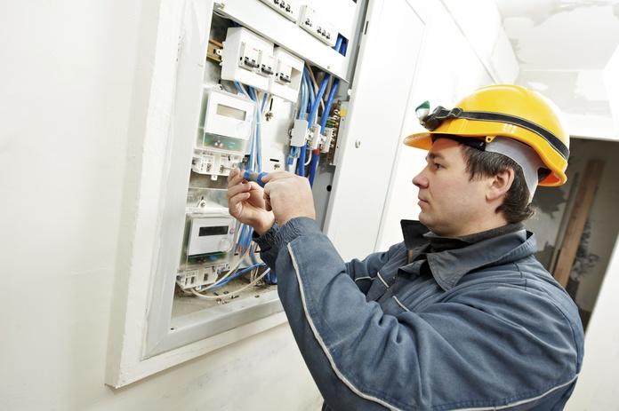 Instalación de cuadro eléctrico en vivienda nueva