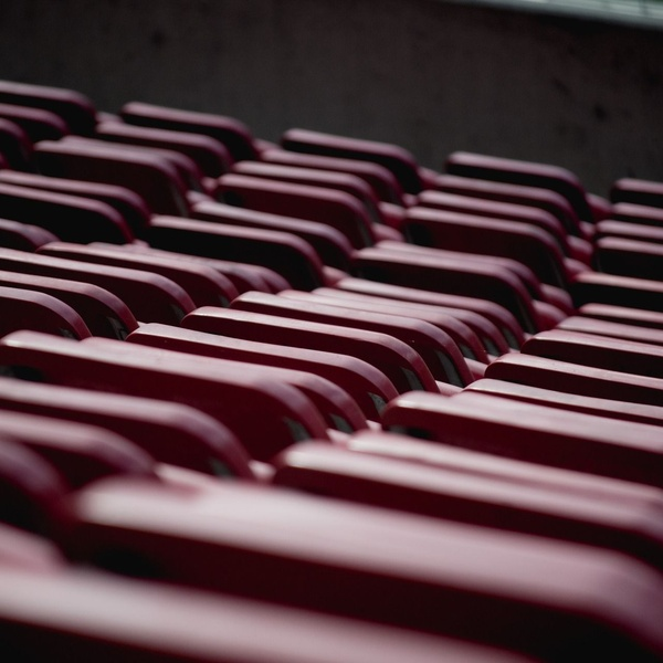 Alquiler de sillas para eventos deportivos