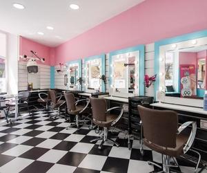 Interior de nuestra peluquería low cost en Madrid