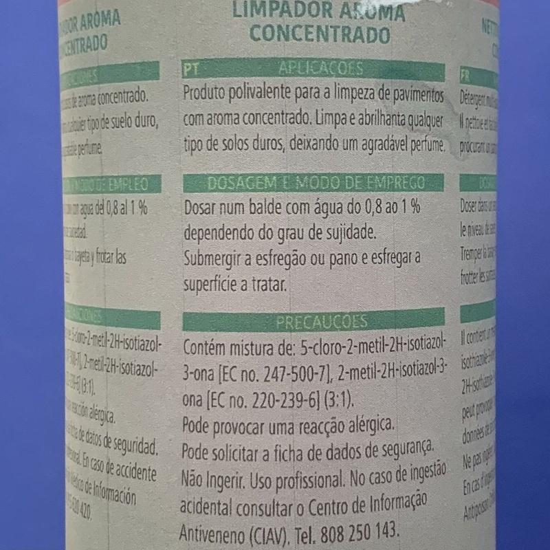 Fregasuelo for parf: SERVICIOS  Y PRODUCTOS de Neteges Louzado, S.L.