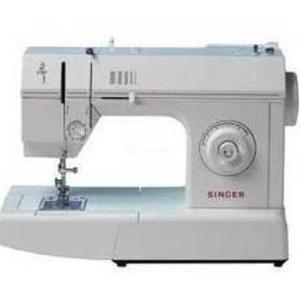 Máquina de coser Singer modelo Debutante: Maquinas de coser Valencia de Juan Galdón Máquinas de Coser