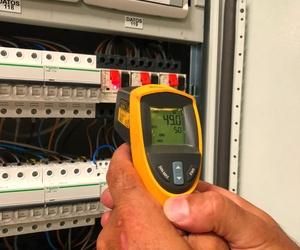 Instalación de un cuadro eléctrico de climatización y mantenimiento del mismo