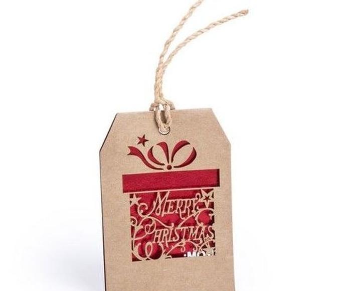 Adorno postal navideña en suave cartón natural