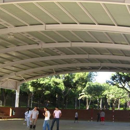 Realización de cálculo de cubierta del polideportivo de Esplugues de Llobregat