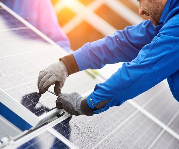 Mantenimiento de instalalcines eléctricas