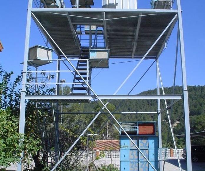 CACHAPERAS: Servicios de Exposición, Carpintería de aluminio- toldos-cerrajeria - reformas del hogar.