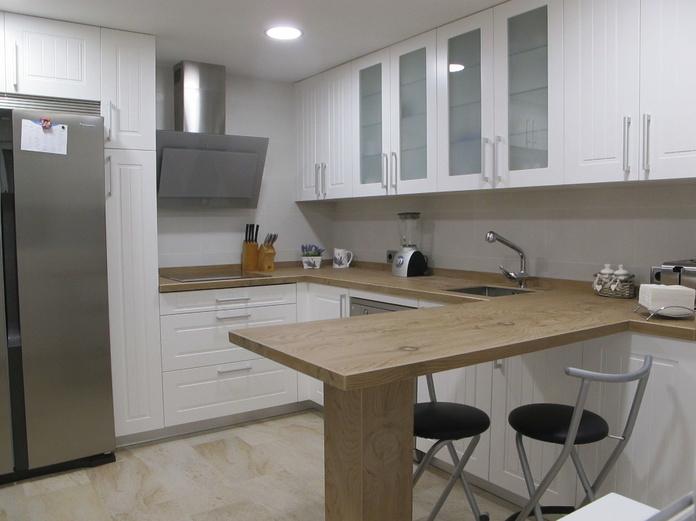 Muebles de Cocina - Proyecto realizado en Boadilla: Catálogo de Diseño en Cocinas MC