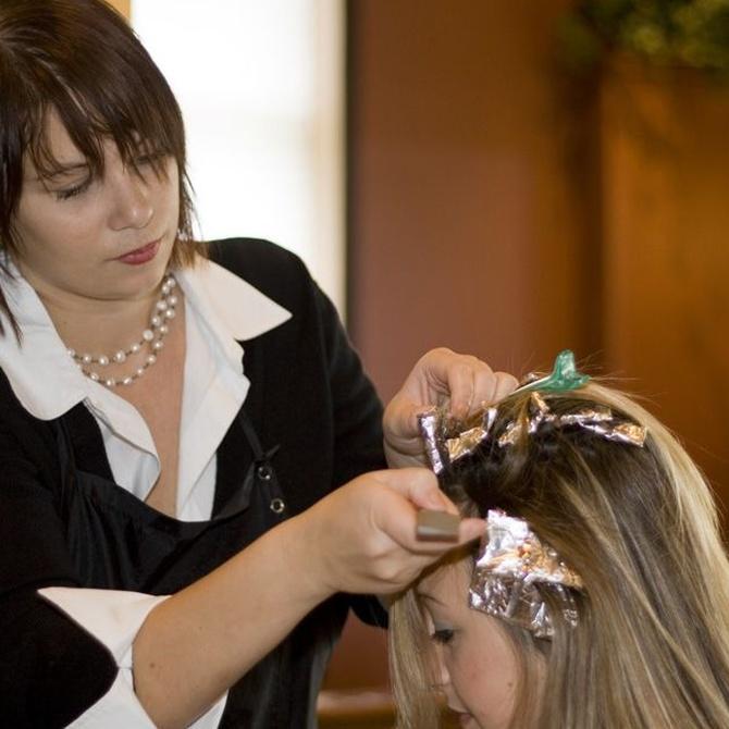 ¿Qué se aprende en los cursos de peluquería?
