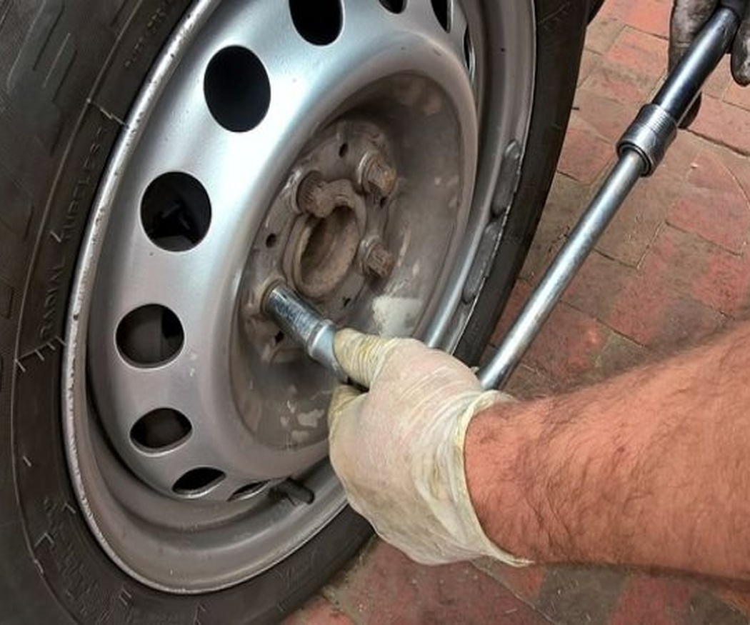 Comprar recambios para reparar tu coche: hazlo tú mismo (I)