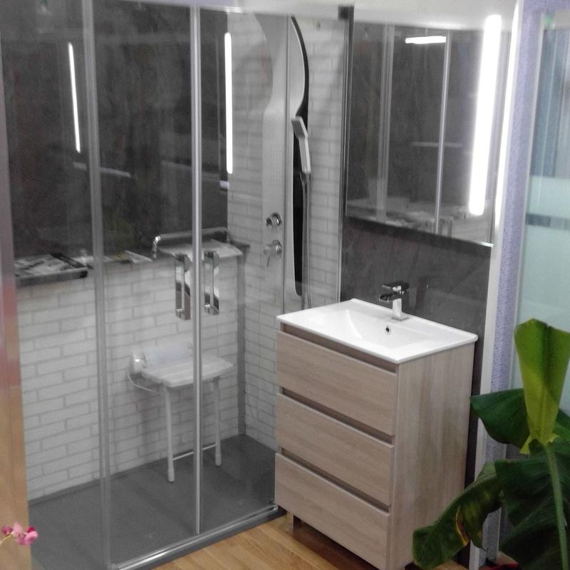 Muebles de baño: Productos y servicios de Cocinas Anman
