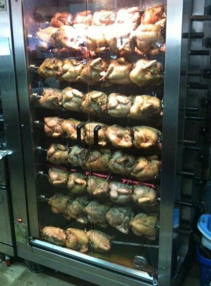 Pollos asados: Nuestros Productos de Churrería Rostissería La Granja, S.L.