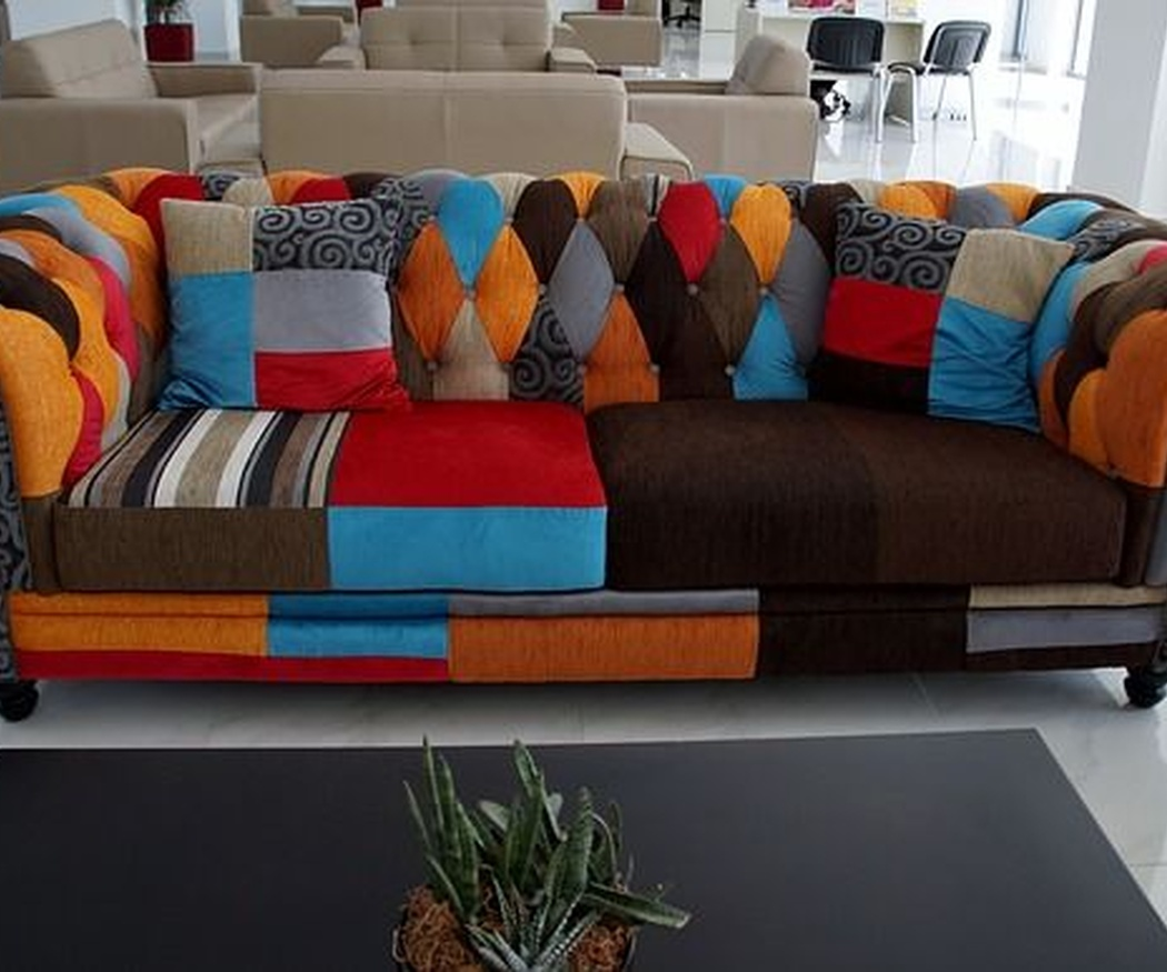 Consejos caseros para limpiar la tapicería del sofá
