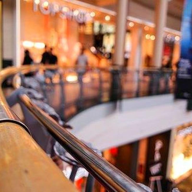 Mantenimiento y limpieza de Comercios: Servicios que realizamos de Limpiezas Pirineos. Tel 617 32 76 52