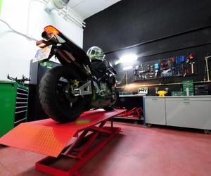 Cambio de neumáticos para coches y motos