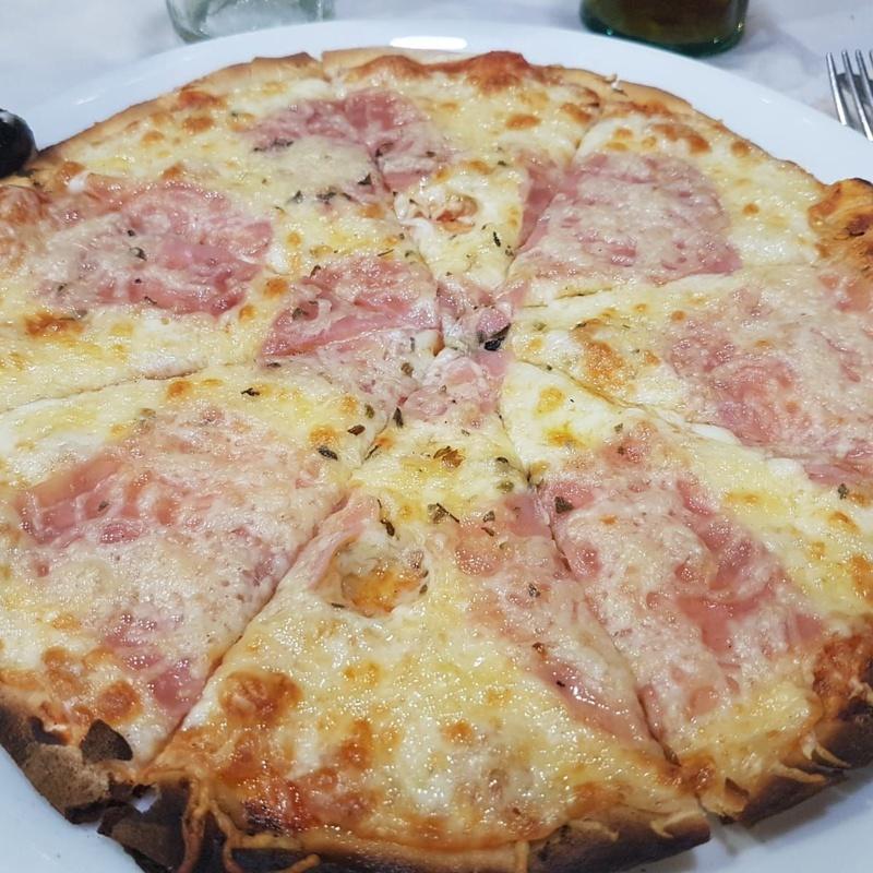 Pizzas artesanas a la piedra: Nuestra carta de La Picadita