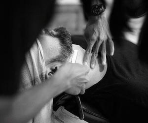 Descubre las ventajas del afeitado con navaja