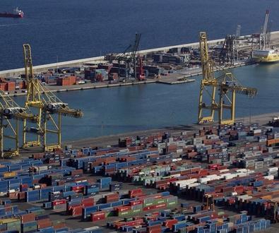 El tráfico de mercancías en el Puerto de Barcelona aumenta el 25% en el primer trimestre