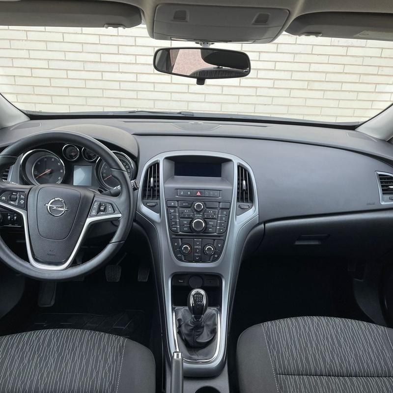 Opel Astra 5P Selective 1.6 Cdti Start/stop 110 CV:  de ASTER Autos