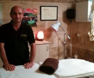 Terapias y masajes. Quiromasajista con servicio a domicilio