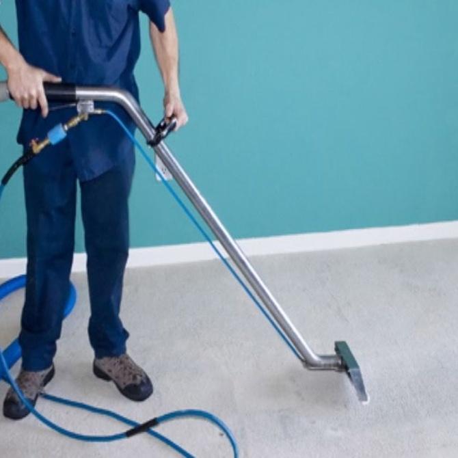 Ventajas de mantener limpio tu lugar de trabajo