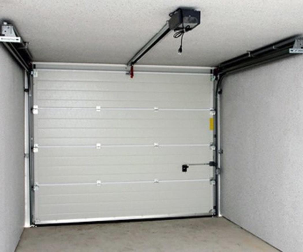 Cómo mantener en buen estado una puerta de garaje eléctrica
