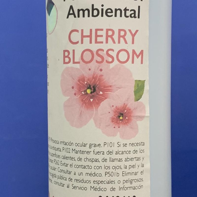 Ambientador cherry blossom: SERVICIOS  Y PRODUCTOS de Neteges Louzado, S.L.