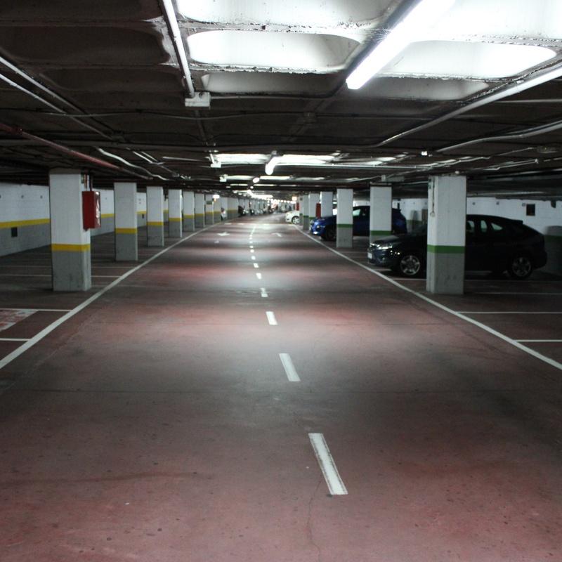Parking espacioso