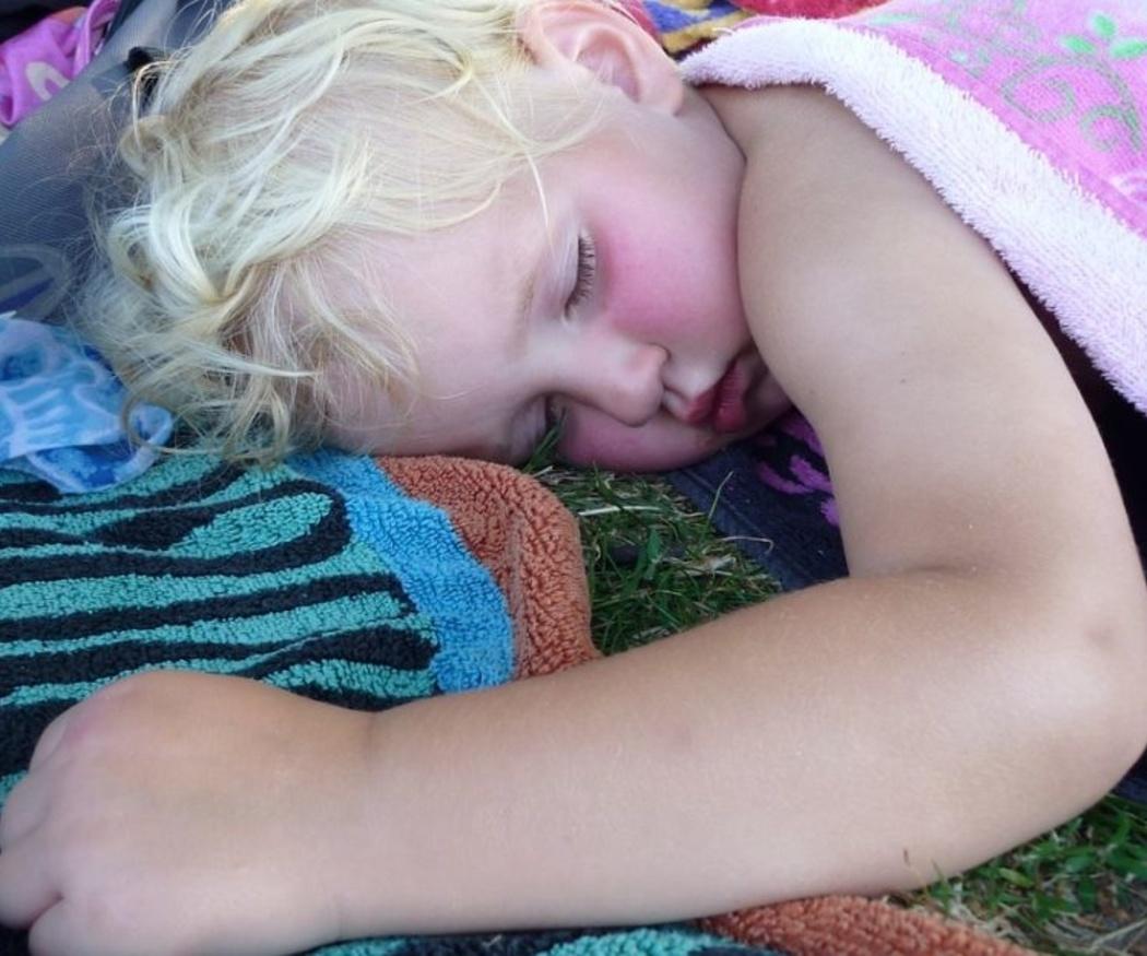 ¿Deben  los niños echarse la siesta?