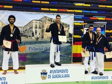Ángel Ruiz nuevamente  campeón de España de kenpo.