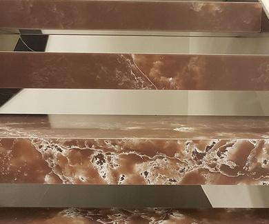 Escalera de cuarzo Ice Orange de Compac