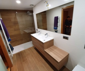 Reforma baño en Piera