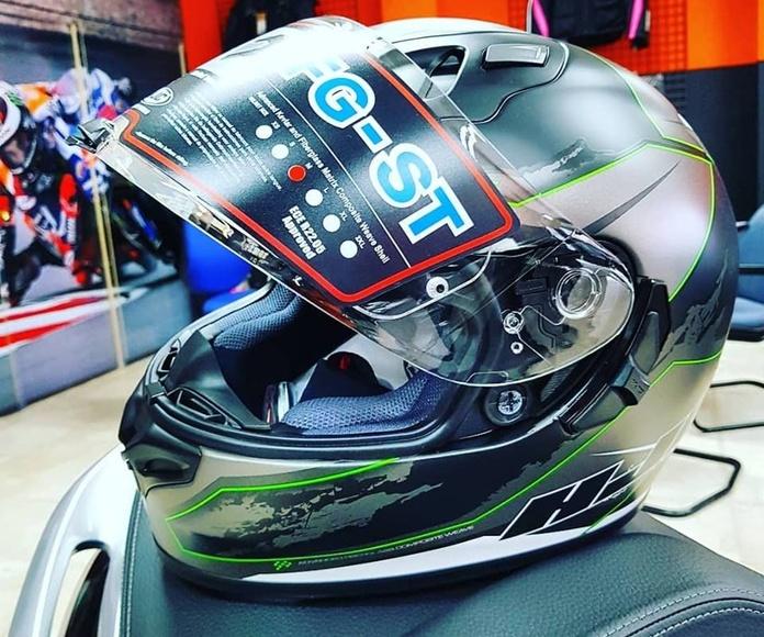 Tienda de motos: Servicios de MV Racing