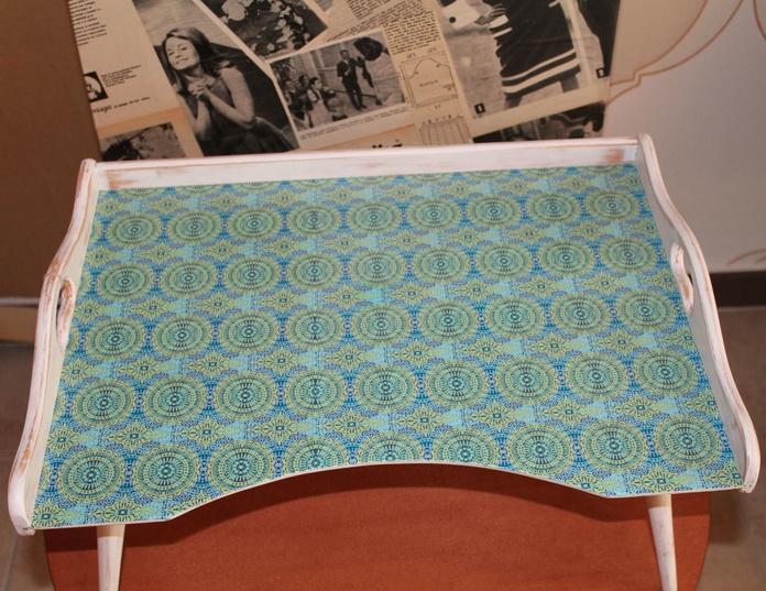 """Bandeja de madera con patas """"Ruzafa Vintage"""": Artículos  de Ruzafa Vintage"""