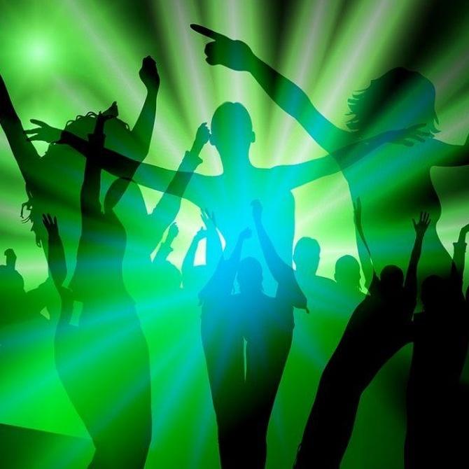 Todo sobre el sugerente baile en barra