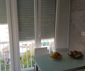 Cerramiento PVC Kommerling blanco para cocina en Alcorcón (Madrid)