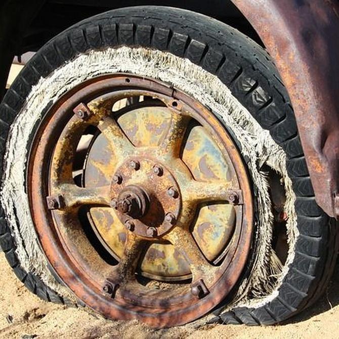 Síntomas de unos neumáticos viejos