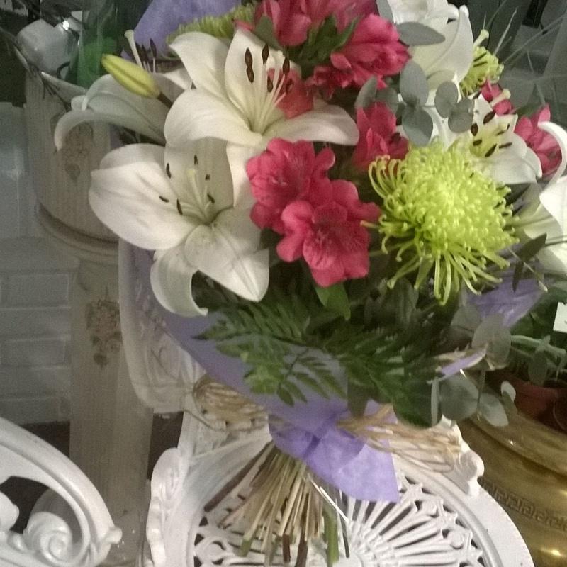 Lilium blanco: Catálogo de El Jardín de Churruca