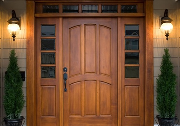 Lacado y barnizado de puertas