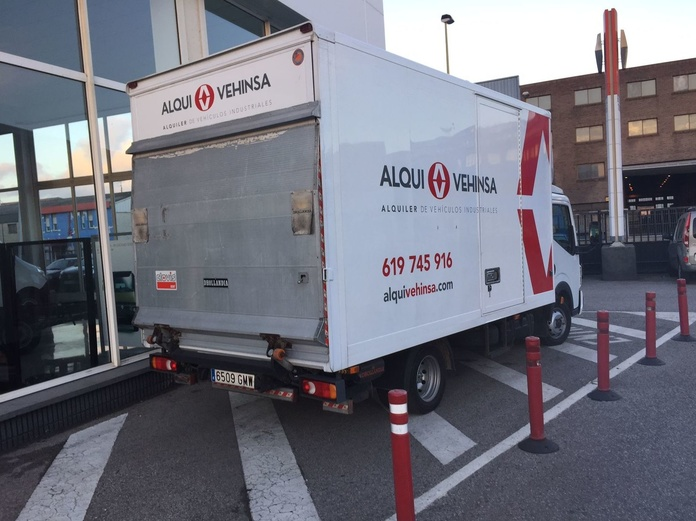 alquiler camiones puerta elevadora Avilés